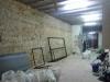 Pintura muy cuidadosa en todo el local. En la foto se pueden ver los refuerzos de techo que instalamos.